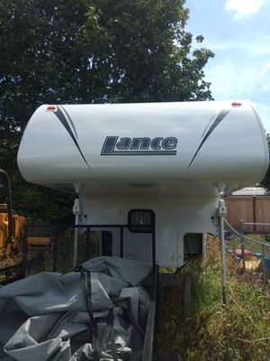 LANCE 890 Camper for Sale in Everett, WA