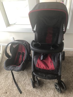 Car seat and stroller for Sale in Perry, MI