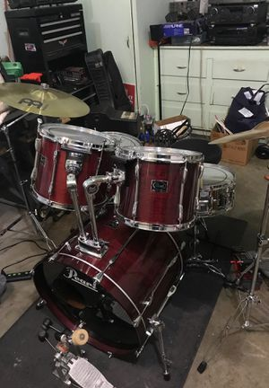 Pearl export drum set for Sale in Swansea, IL