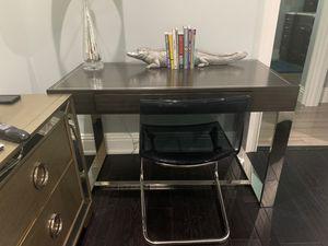 Desk for Sale in Tampa, FL