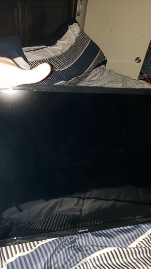 Samsung Electronics 32inches TV for Sale in Westlake, MD