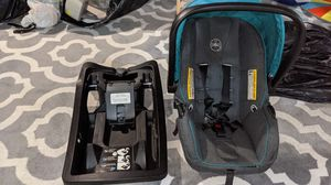 2016 Infant car seat with stroller. for Sale in Arlington Heights, IL