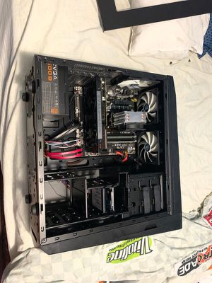 Custom built gaming pc set up for Sale in Miami, FL