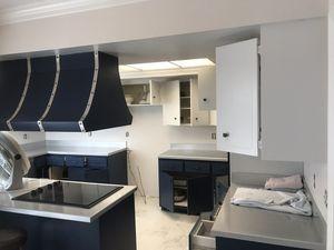 Kitchen cabinets and countertop!!! for Sale in Vero Beach, FL