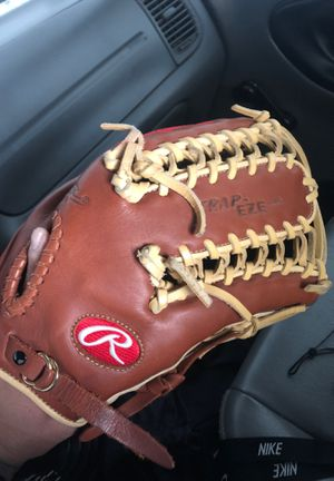 Baseball and softball glove for Sale in Bell, CA