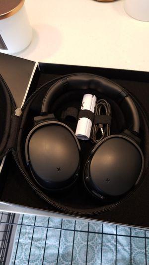 Skullcandy wireless noise cancelling headphones for Sale in Denver, CO