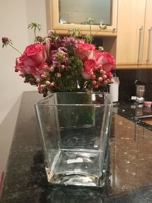Brand new Large square glass flower vase for Sale in Beverly Hills, CA