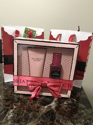 VS Tease set Mist & Lotion Fragrance Christmas Deal for Sale in North Olmsted, OH