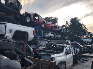 Parts Honda Nissan Toyota dodge GMC for Sale in Hialeah, FL
