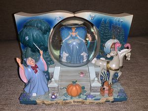 Walt Disney Cinderella Once Upon A Time Storybook Music Box Snow Globe for Sale in Houston, TX