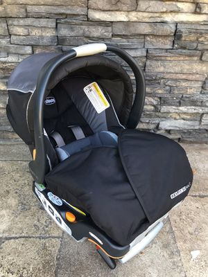 CHICCO KEYFIT INFANT CAR SEAT WITH BASE!!! for Sale in San Bernardino, CA