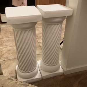 White Pedestal for Sale in Sewell, NJ