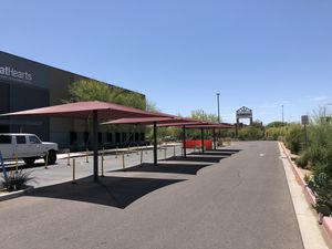 Umbrella Style Shade Structures 15' for Sale in Glendale, AZ