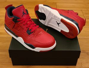 Jordan Retro 4's size 2y for Kids. for Sale in Paramount, CA