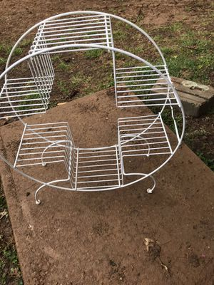 Metal multiple plant holder for Sale in Creve Coeur, MO