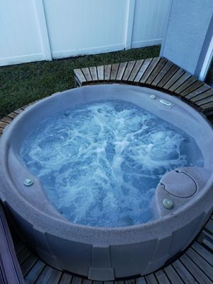 Dream maker 8003-eclipse hot tub Jacuzzi for Sale in Alafaya, FL