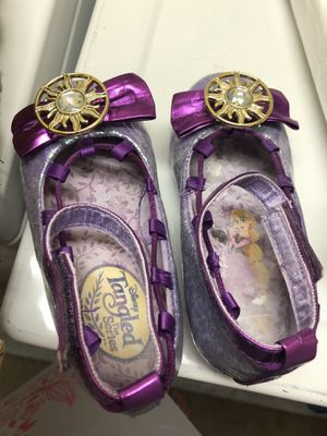 Zapatos disney rapunzel size 7/8 for Sale in Riverview, FL