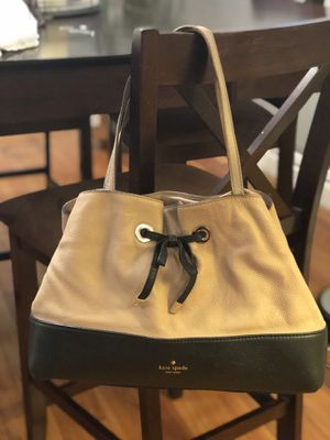 Kate Spade Tote/Shoulder Bag for Sale in St. Louis, MO