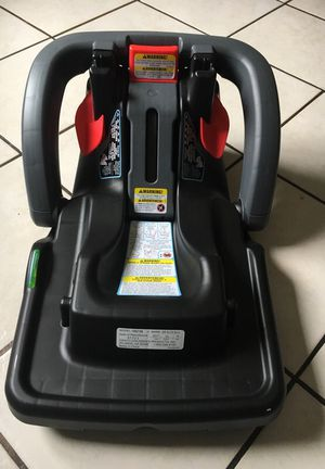CAR SEAT ADAPTOR 2017 for Sale in San Diego, CA