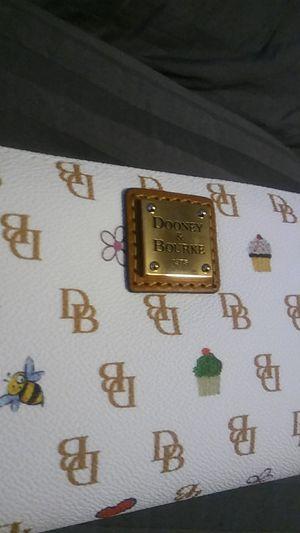 Dooney & Bourke wallet for Sale in Puyallup, WA