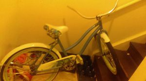 Huffy bike $100. Needs rear tire for Sale in St. Louis, MO