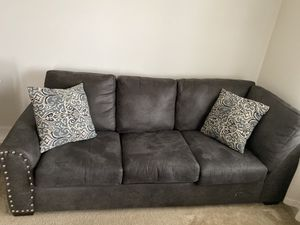 Grey couch/ sectional for Sale in Lexington, KY