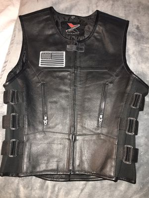 MENS or WOMENS MOTORCYCLE VEST / CLUB CUT SIZE EXTRA SMALL for Sale in Portland, OR