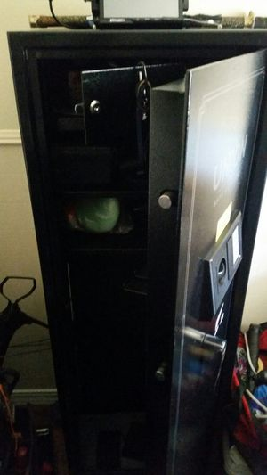 Tall gunsafe, air compressor and loads of tools for Sale in Odessa, TX