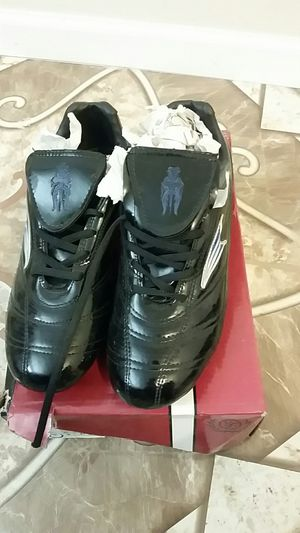 Mens black cleats - new never worn for Sale in Wichita, KS