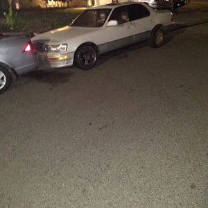 1991 Lexus LS 400 for Sale in Atwater, CA