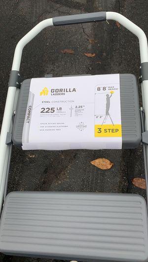 Brand new gorilla ladder 3 steps for Sale in Arlington, MA