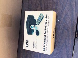 Mini projector with hdmi for Sale in Albuquerque, NM