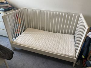 Baby Bed w/ Mattress for Sale in Irvine, CA