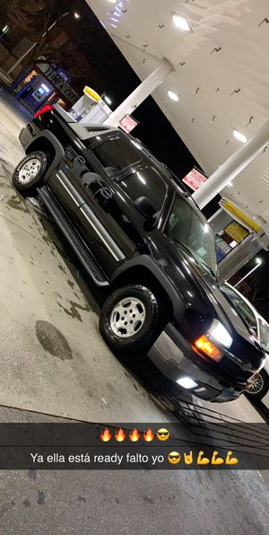 Chevy avalanche for Sale in Holyoke, MA