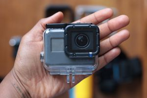 GoPro Hero 5 + Accessories for Sale in EASTAMPTN Township, NJ