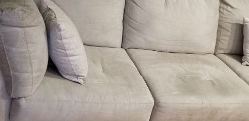 Beige & Mahogany Couch for Sale in Sterling,  VA