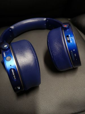 New Sony Extra Bass Wireless Bluetooth headphones, Microphone for Sale in Richardson, TX