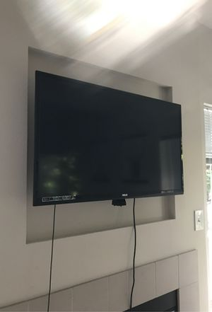 """40"""" Inch LED LCD TV for Sale in Seattle, WA"""