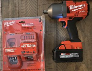 Milwaukee wrench 3/4 for Sale in Charlotte, NC