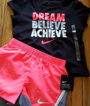 Nike Dream Believe Achieve 2 Piece Set for Sale in Pasadena, TX