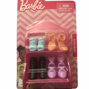 Barbie 4 Pair with Shoe Rack for Sale in Los Angeles, CA