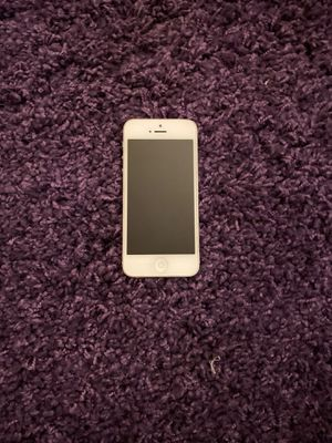 White iPhone 5 for Sale in Northampton, PA