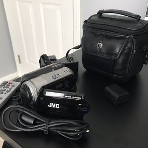 JVC 30 GB HardDrive Camera for Sale in Streetsboro, OH
