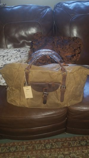 Newhey canvas and leather duffle bag for Sale in Indianapolis, IN