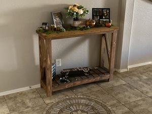 SOLID WOOD Entry Table Furniture for Sale in Surprise, AZ
