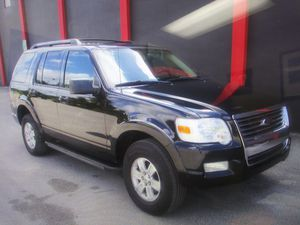 12// 2010 Ford Explorer XLT for Sale in Miami, FL