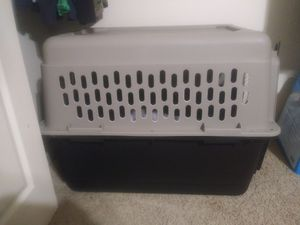 36inch dog crate and mat for Sale in DW GDNS, TX