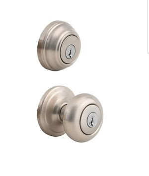 Kwikset Juno Satin Nickel Exterior Entry Door Knob and Single Cylinder Deadbolt Combo Pack Featuring SmartKey Security, New, PRICE IS NOT NEGOTIABLE. for Sale in Palatine, IL