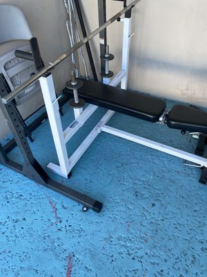 Complete weight set with bench for Sale in Pompano Beach, FL