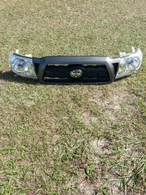 Tacoma Headlight & grille OEM for Sale in Sebring, FL